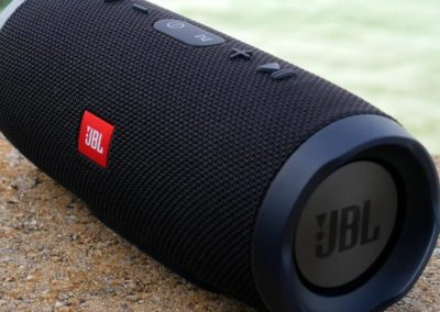 Jbl-lading-3-draagbare-bluetooth-speaker-black.jpg_640x640