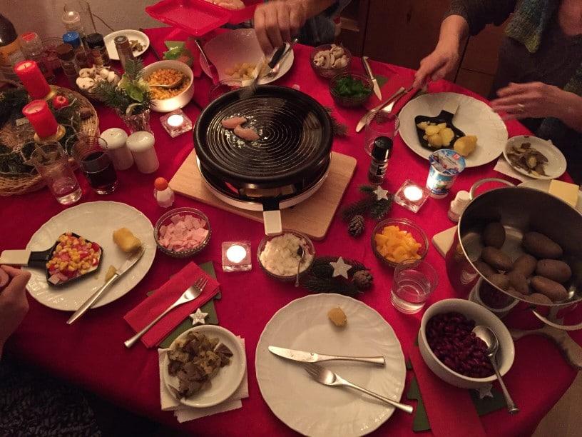 family-raclette_t20_BEQ42O